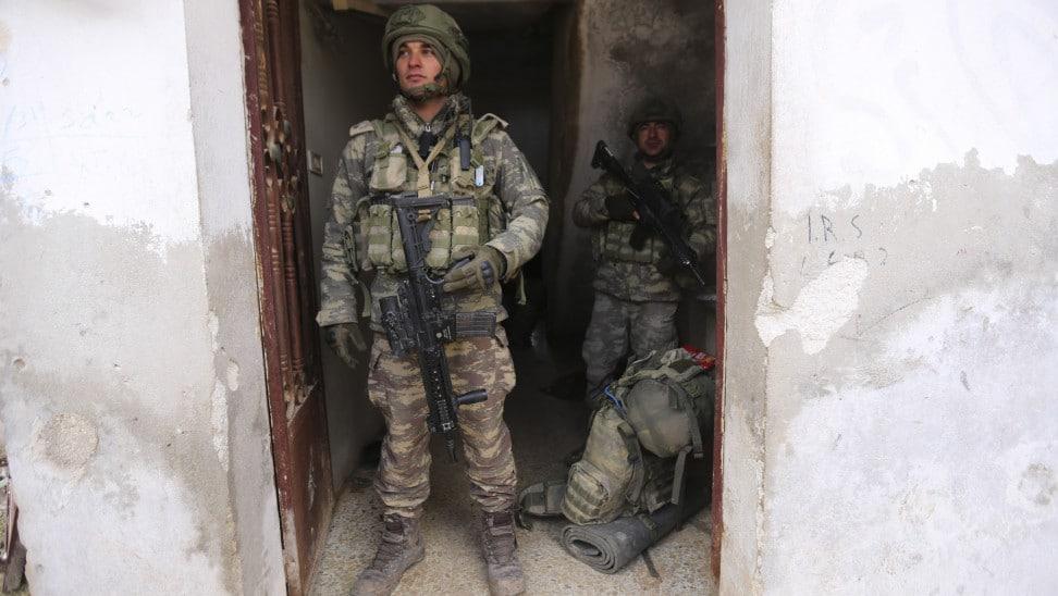 Ιντλίμπ: Η Άγκυρα ανακοίνωσε ότι σκότωσε 101 Σύρους στρατιώτες