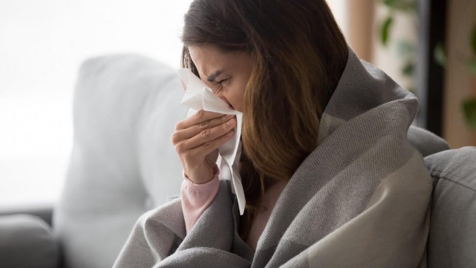 Ισχυρή ανάκαμψη του ιού της γρίπης αναμένουν οι επιστήμονες - Γιατί ανησυχούν
